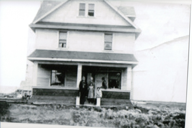 The  Harrop home in Balcarres, Saskatchewan. c1915