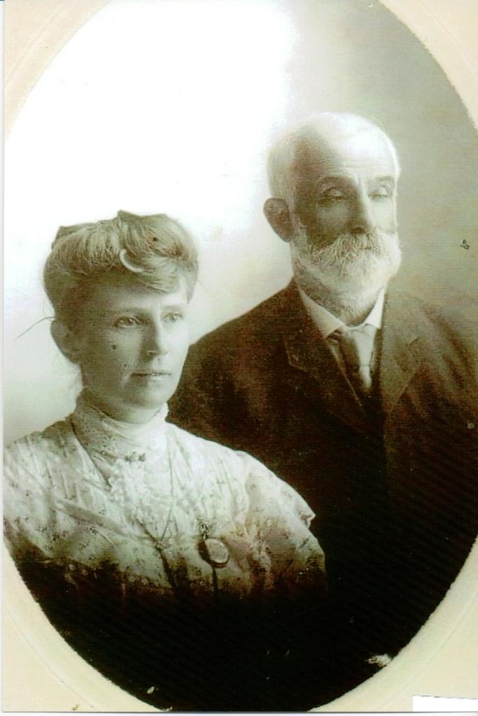 Rachel Hodgins & William Harrop c.1907