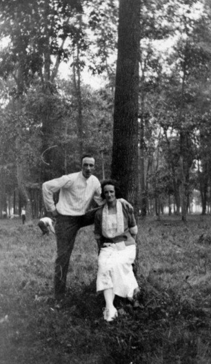 George Norton & Agnes Allen Agnes is the daughter Henrietta Arnold who is the sister of George's mom