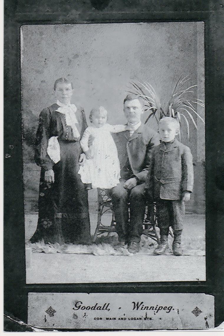 GREBER, Edward & Leokadia with boys